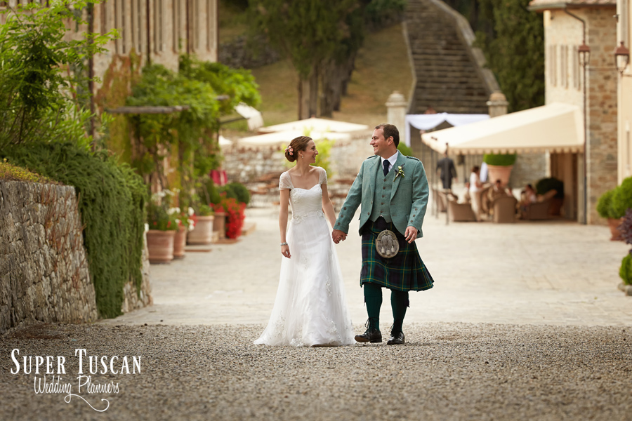 40wedding tuscany ferragamo villa