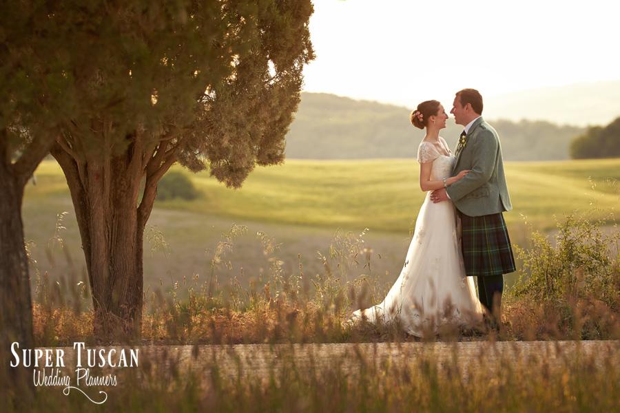 47wedding tuscany ferragamo villa
