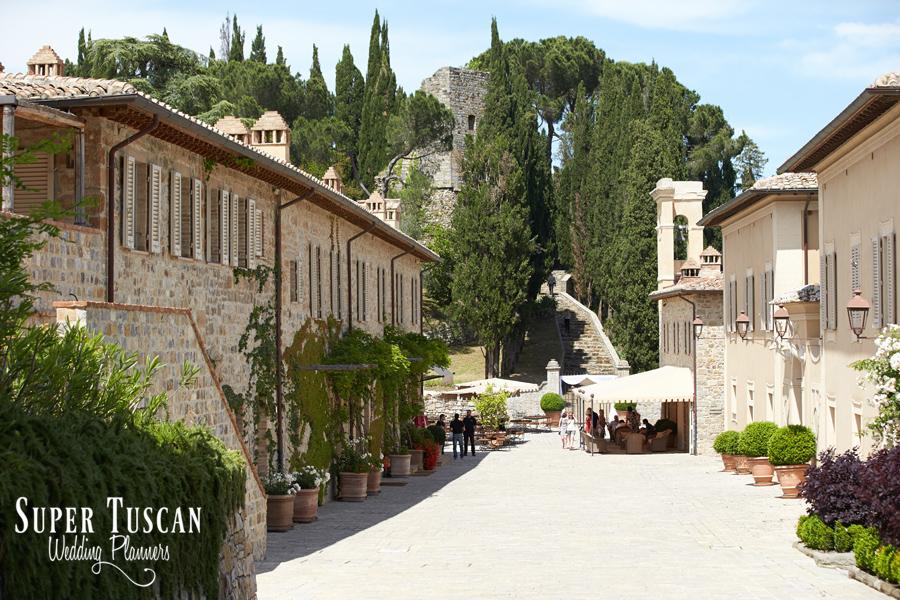7wedding tuscany ferragamo villa