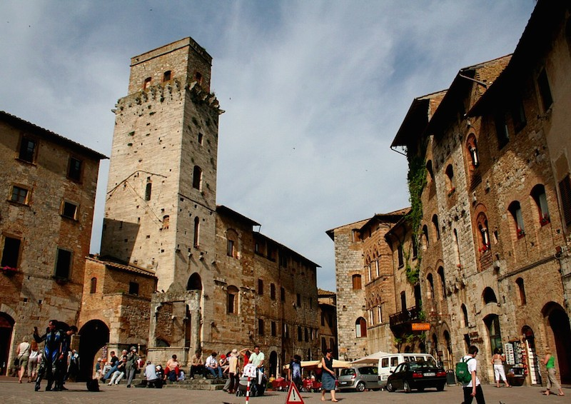 Wedding planners in San Gimignano Tuscany