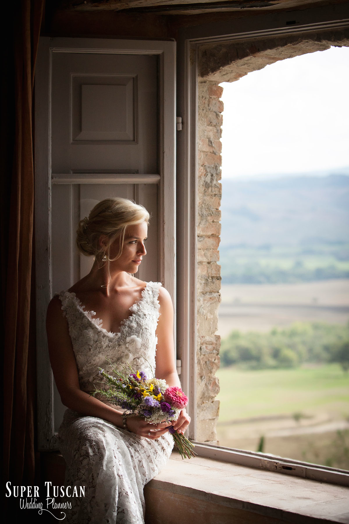 11Stunning Bride for wedding in Val d'orcia Italy