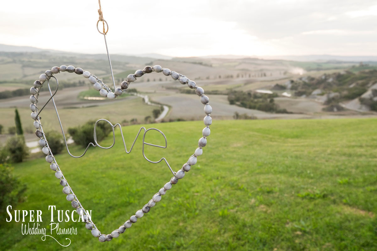 14Stunning Bride for wedding in Val d'orcia Italy