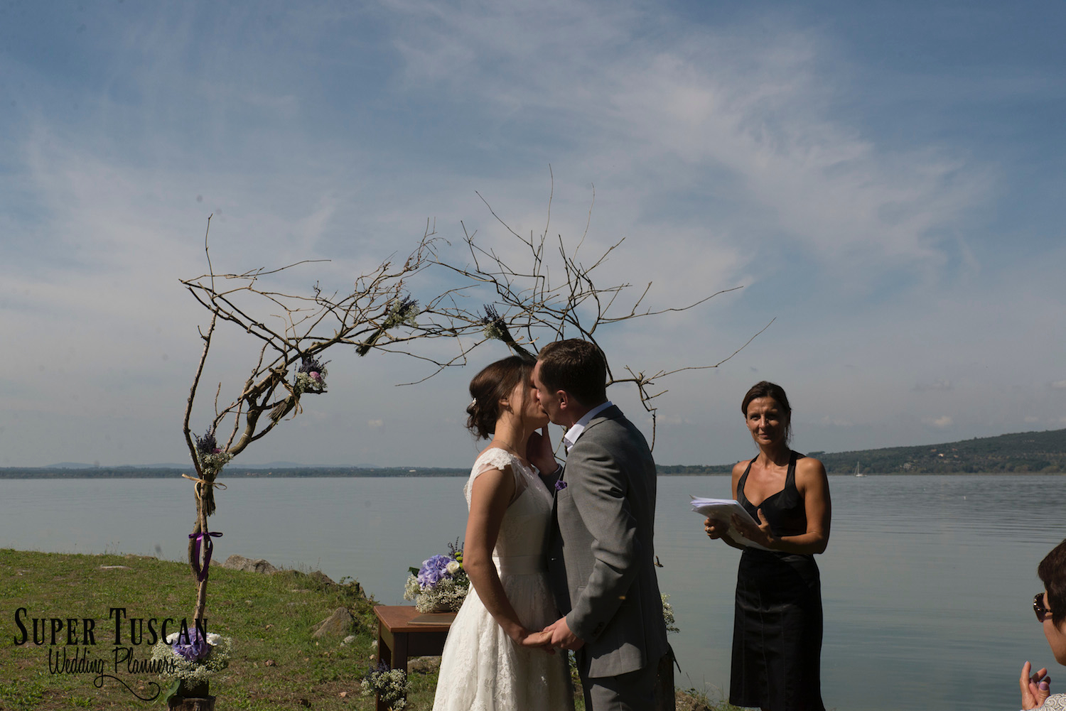 29Wedding on Trasimeno Lake - Umbria