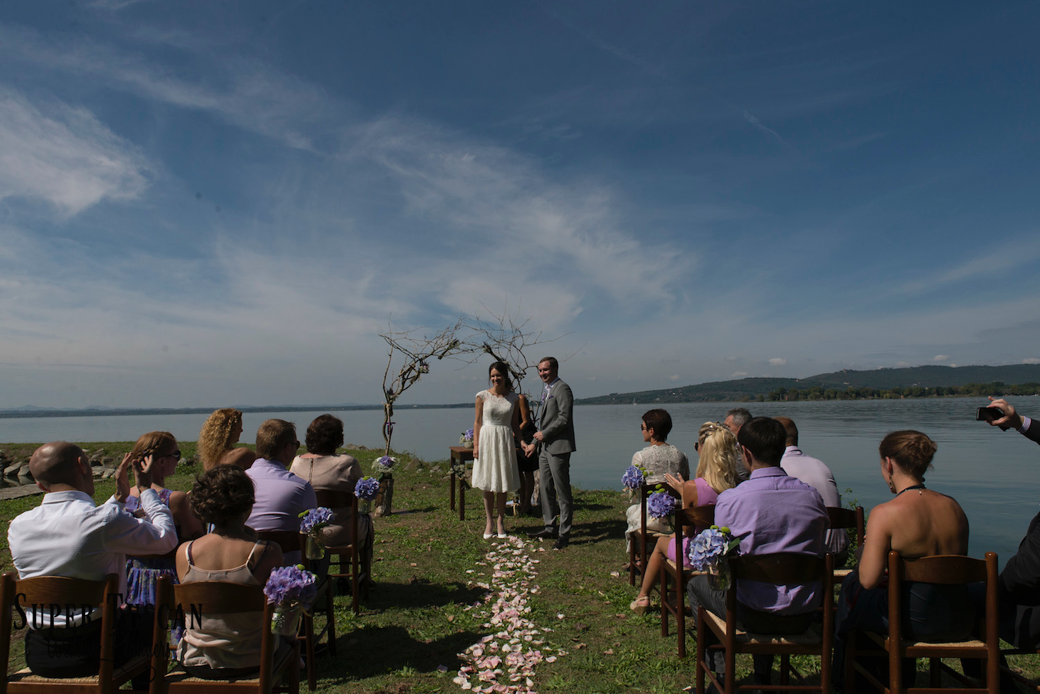 30Wedding on Trasimeno Lake - Umbria
