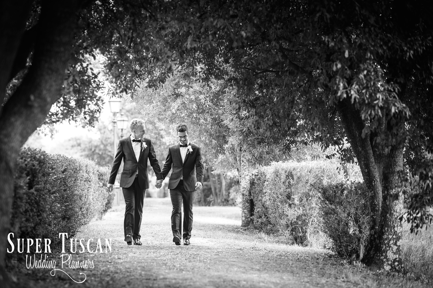 02Gay Wedding in Tuscany Italy