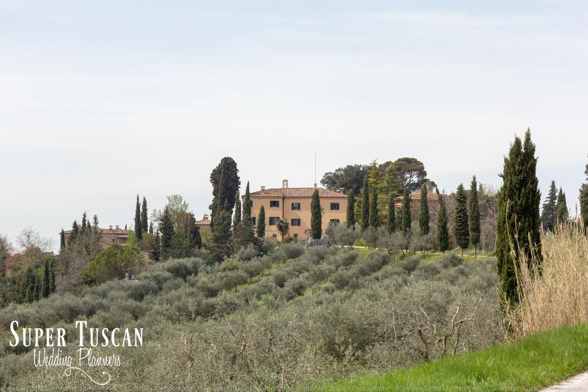 07Vintage marsala Tuscan wedding