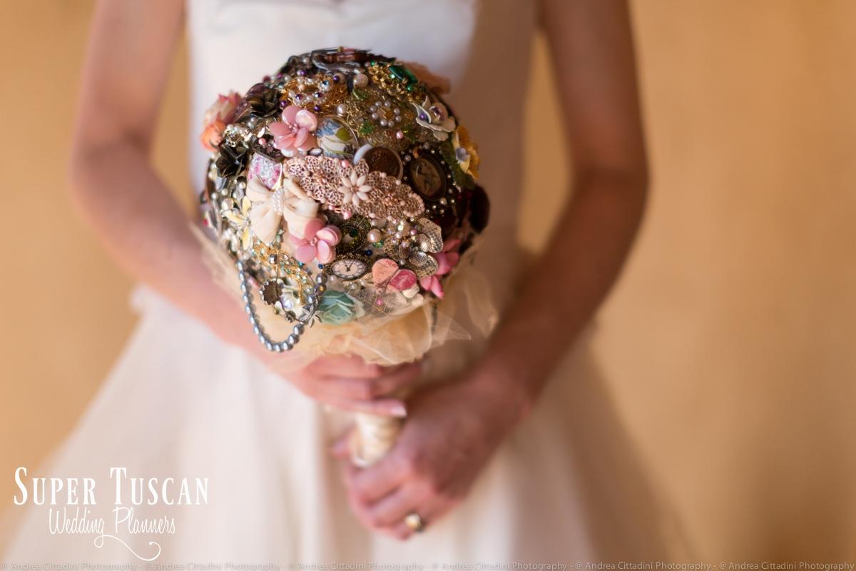 105Vintage marsala Wedding in tuscany