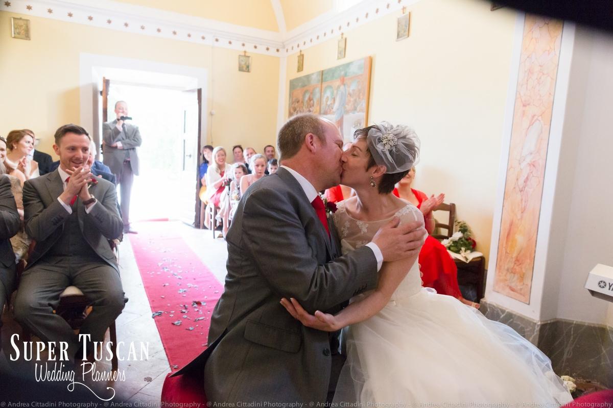 132Vintage marsala Wedding in tuscany
