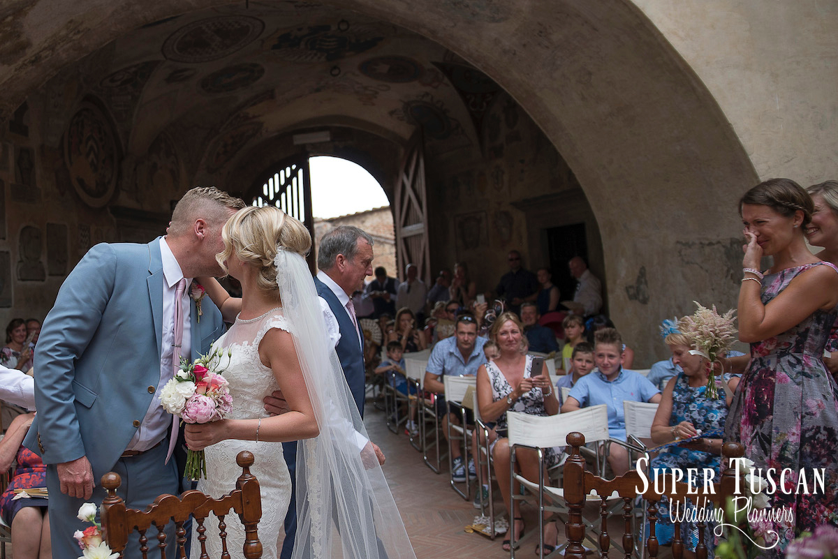 10Wedding in San Gimignano