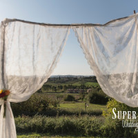 19Country wedding in tuscany - string lights