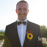24Country wedding in tuscany - string lights