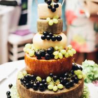 wedding in Tuscany cake idea