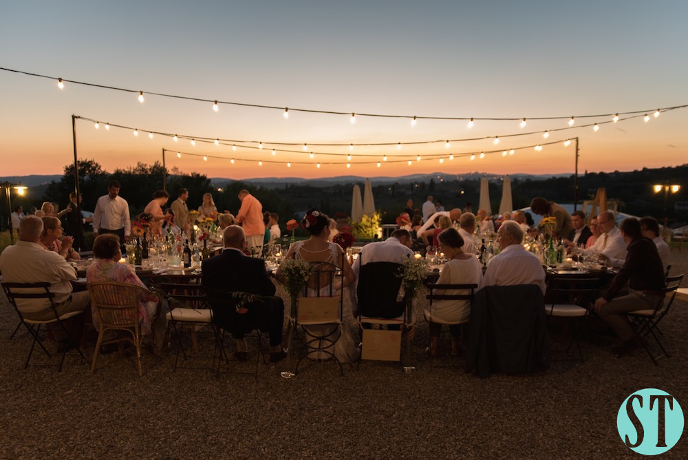 50Country wedding in tuscany - string lights