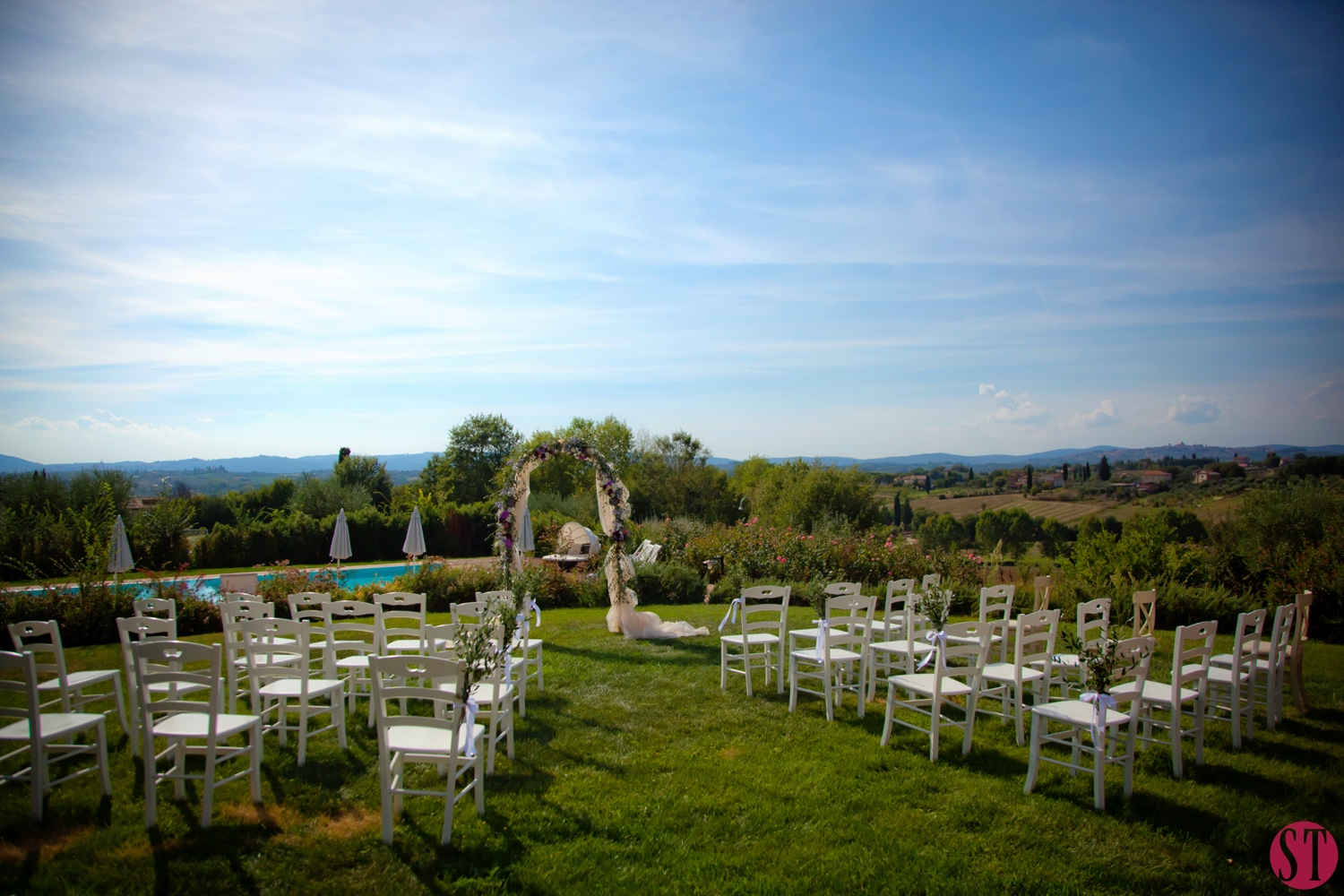 7-super-tuscan-wedding-planners-cortona