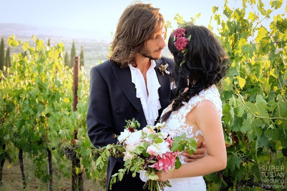 Wedding in tuscan vinyards