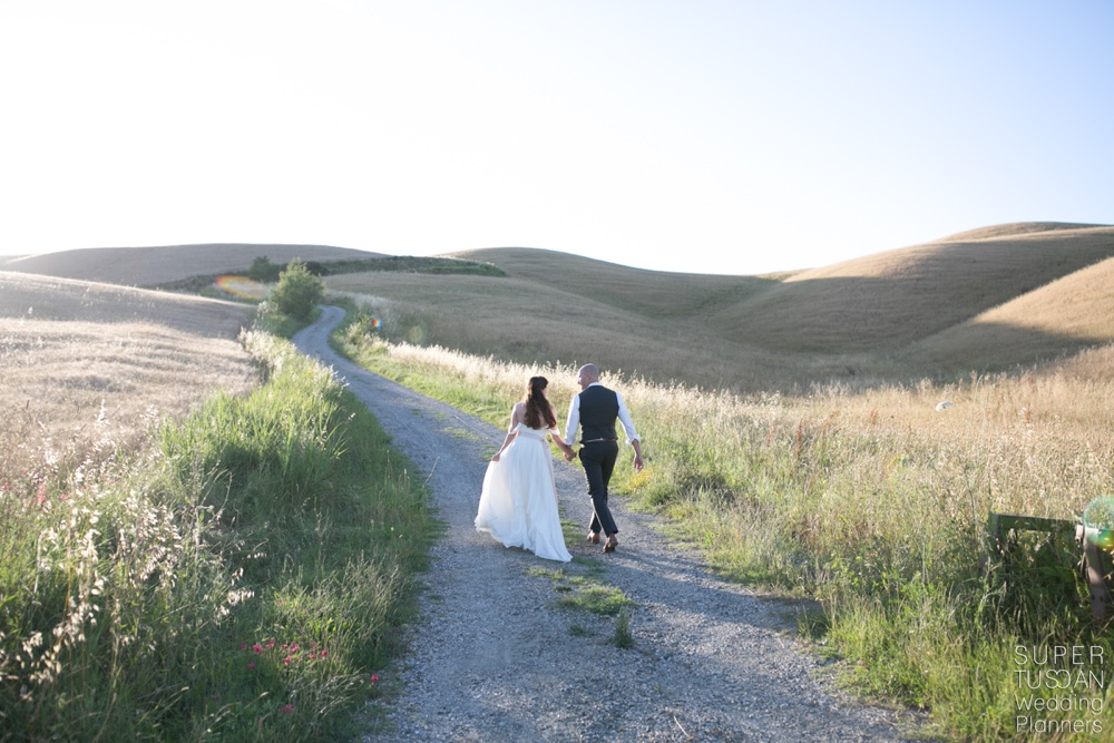 Alison & Seth, A Tuscan Real Wedding At The Sound Of Music