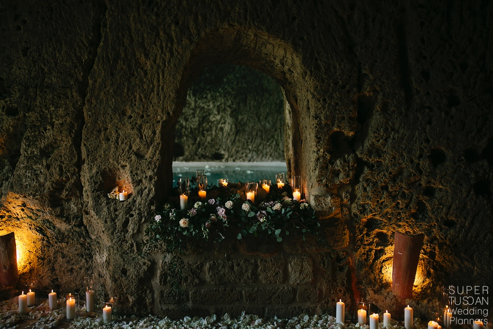 2 Engagement in Civita di Bagnoregio by Super Tuscan Wedding Planners