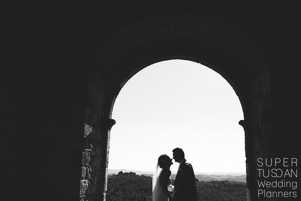 Super Tuscan Outdoor Tuscan Wedding 7