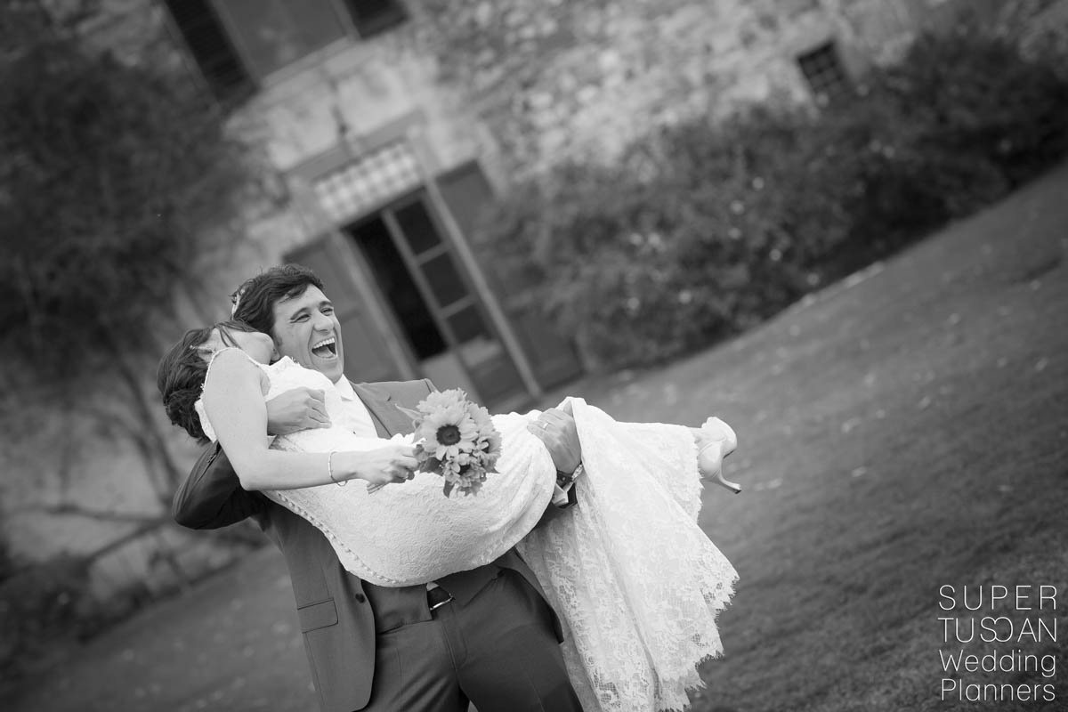 Super Tuscan Castle Wedding in Tuscany 14