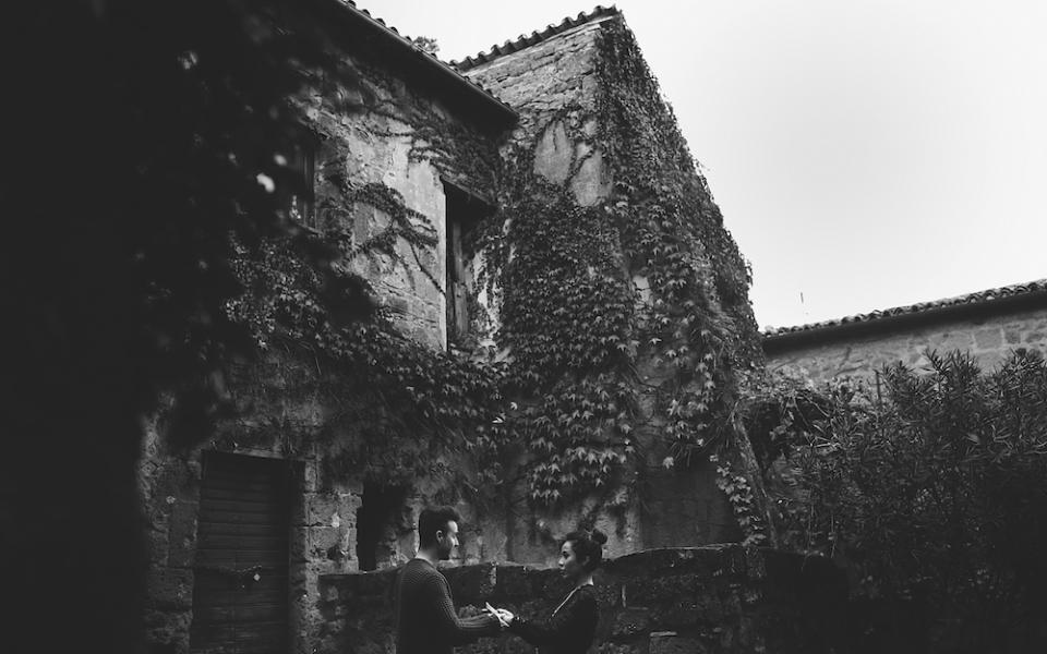 19Autumn engagement in Umbria
